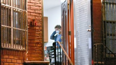 On Friday night, a cleaning crew arrived along with the landlord of the building to tidy up the bloody scene
